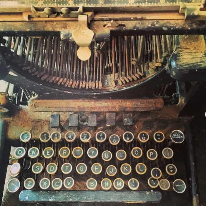 Typewriter at Rabbit Hash General Store