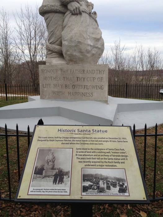 Santa statue in Santa Claus, Indiana