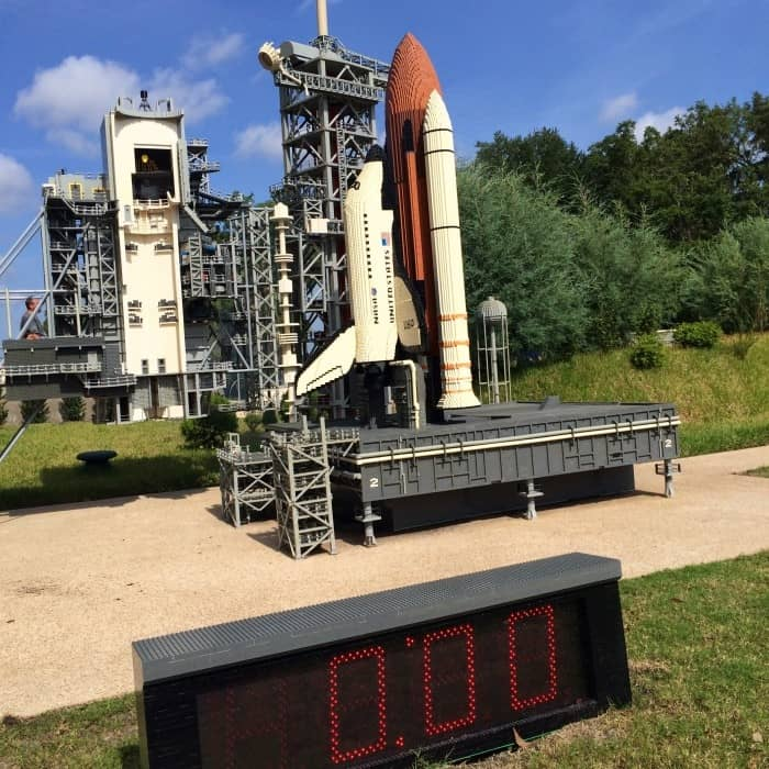 LEGOLAND Florida Minilans space shuttle