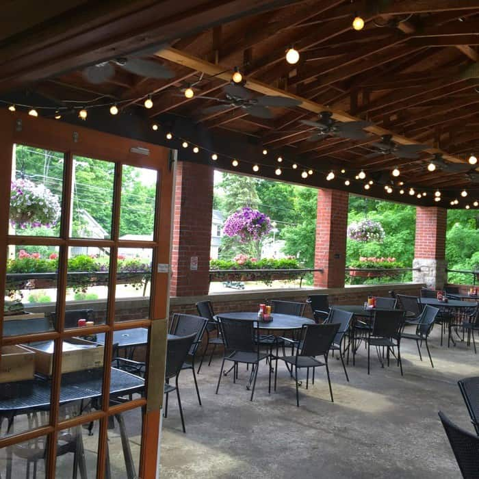 4 Put-in-Bay Restaurants to Try - The Goat Soup & Whiskey
