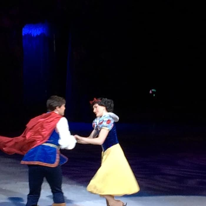 "Disney on Ice ""Princesses and Heroes"""