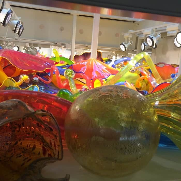 "Dale Chihuly ""Fireworks of Glass"" at The Children's Museum of Indianapolis"