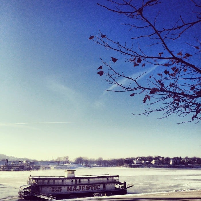 Frozen Ohio River 4