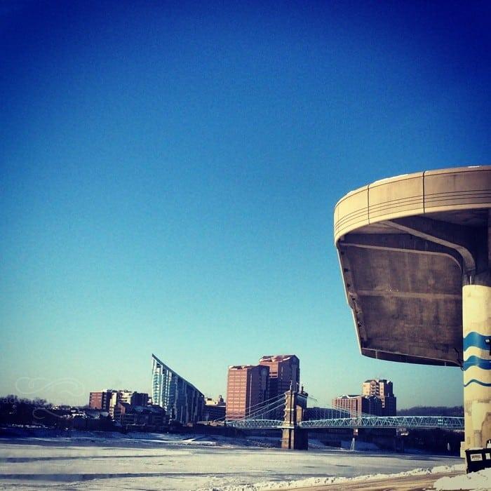 Frozen Ohio River 5