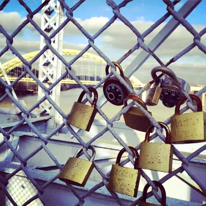 Purple-people-bridge-locks-3-700x700