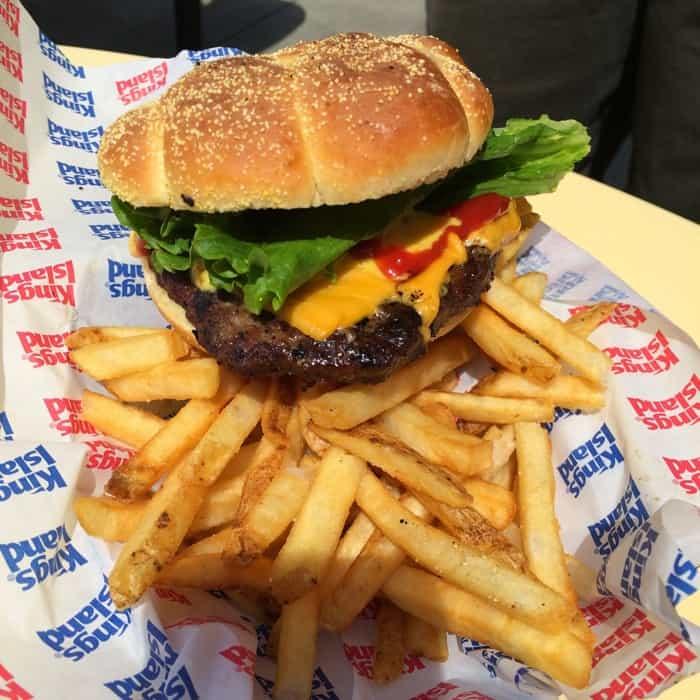 Cheeseburger on the All Season Dining Plan at Kings Island
