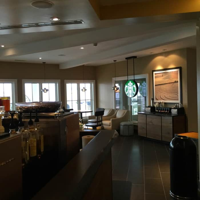 Hotel Breakers Starbucks