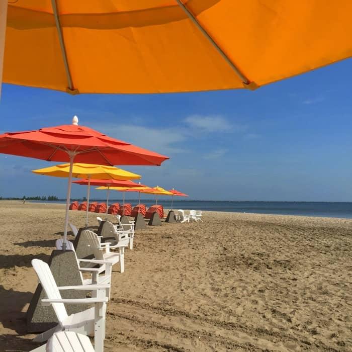 Hotel Breakers beachfront