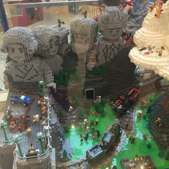LEGO® Americana Roadshow 8