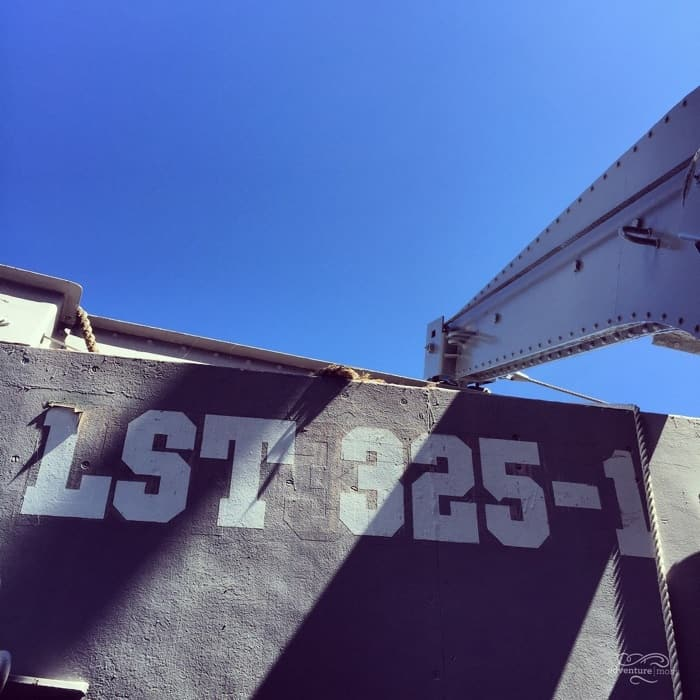 Lettering of USS LST 325