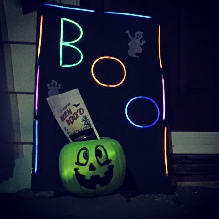 Glow in the Dark BOO Kit 21