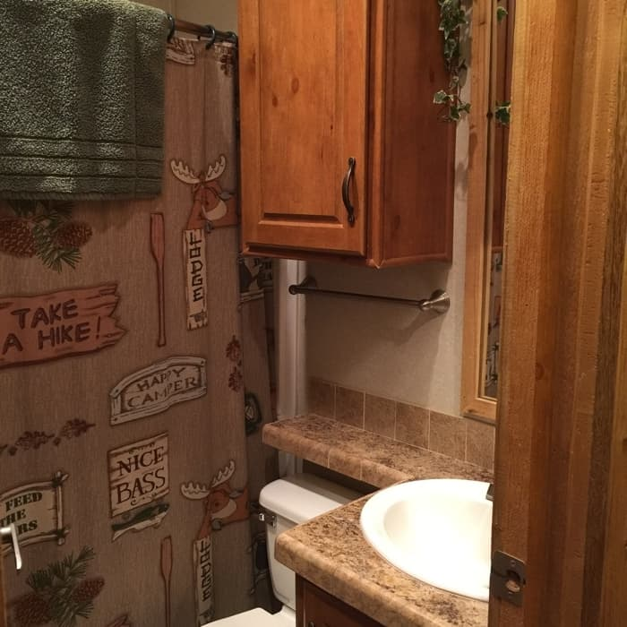 KOA Hocking Hills cabin bathroom