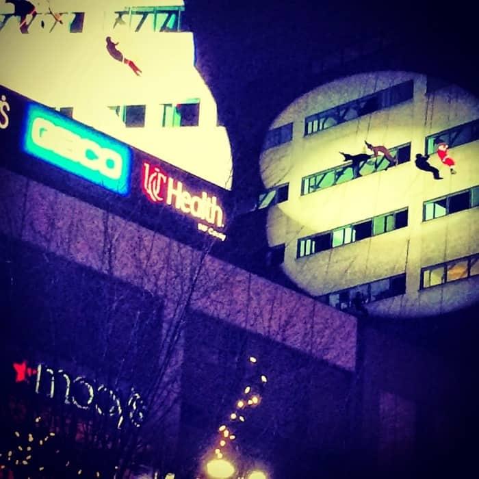 Santa Rappelling Macy's Downtown Dazzle