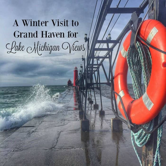 A Winter Visit to Grand Haven for Lake Michigan Views