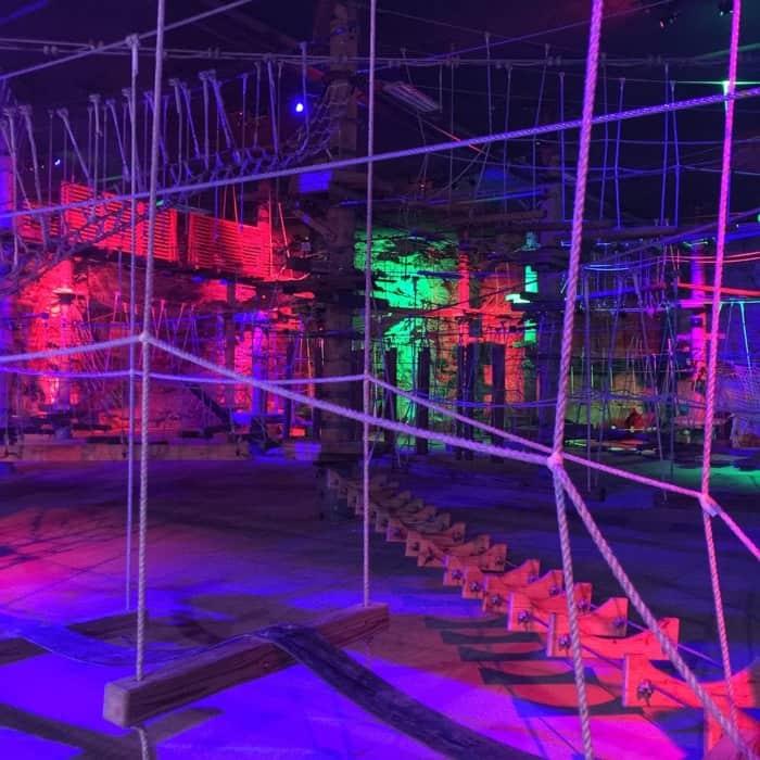 Underground ropes course Mega Cavern