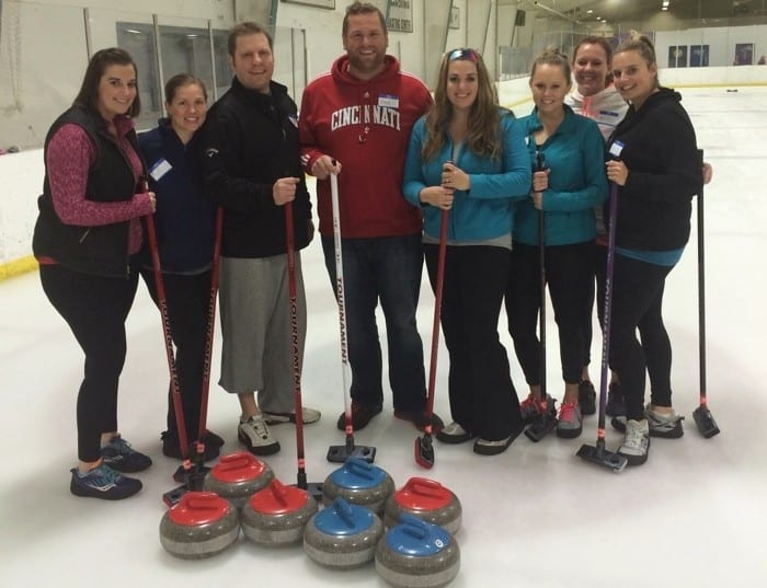 Learn to curl group pic at Cincinnati Curling Club