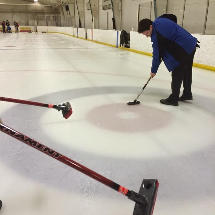 sweepers in action learn to curl session