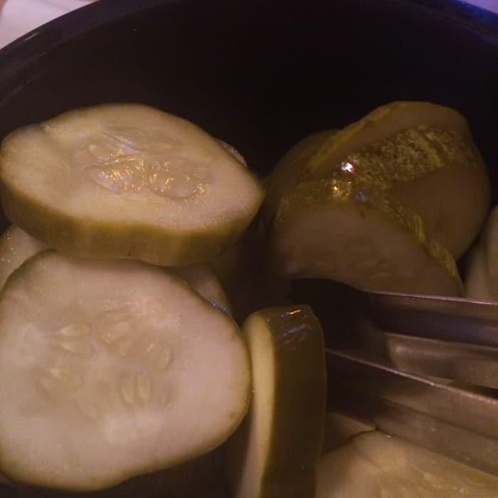 Izzy's pickles