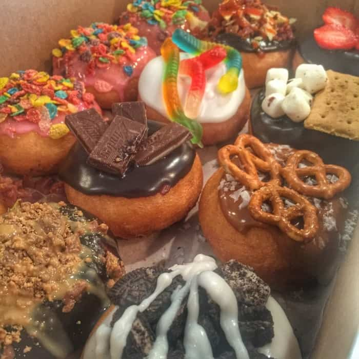 Top This Donut Bar