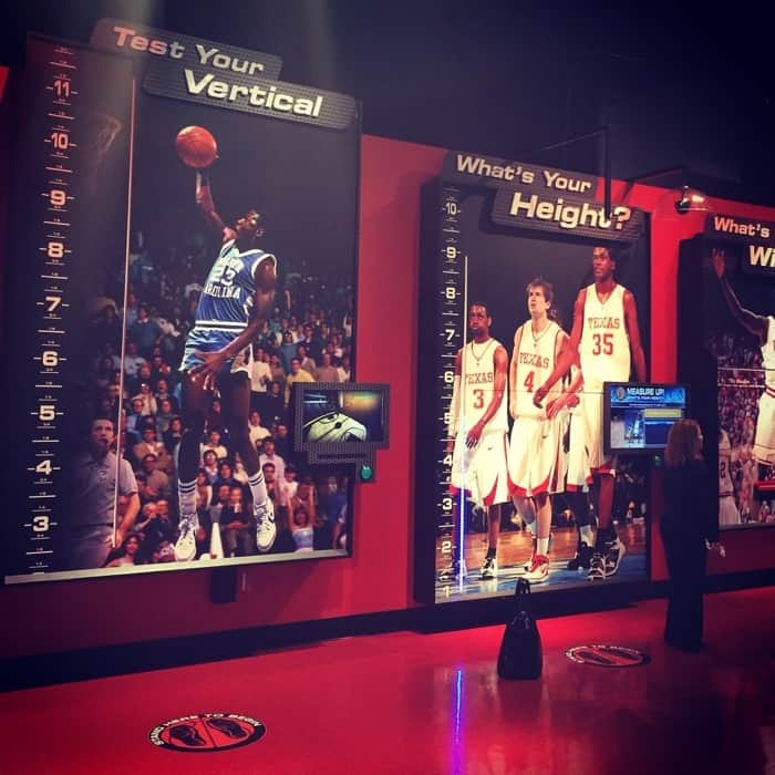 The College Basketball Experience 13