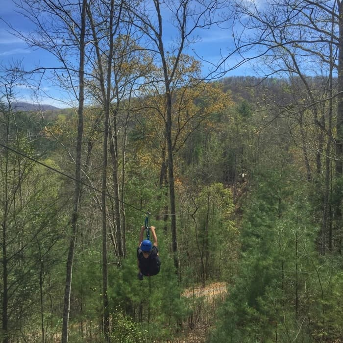 gift-giving-zipline-adventure-mom-blog