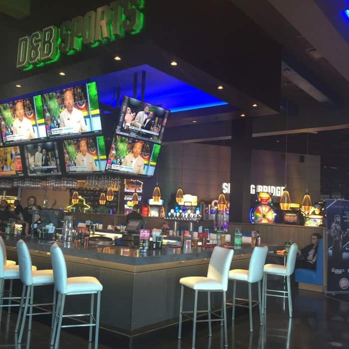 Dave & Buster's 22
