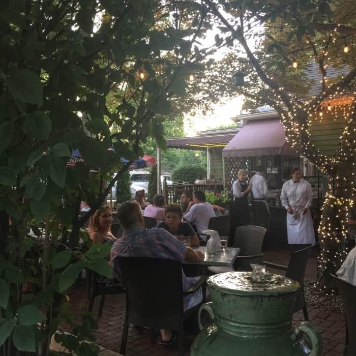 Lucrezia Cafe and Restaurant