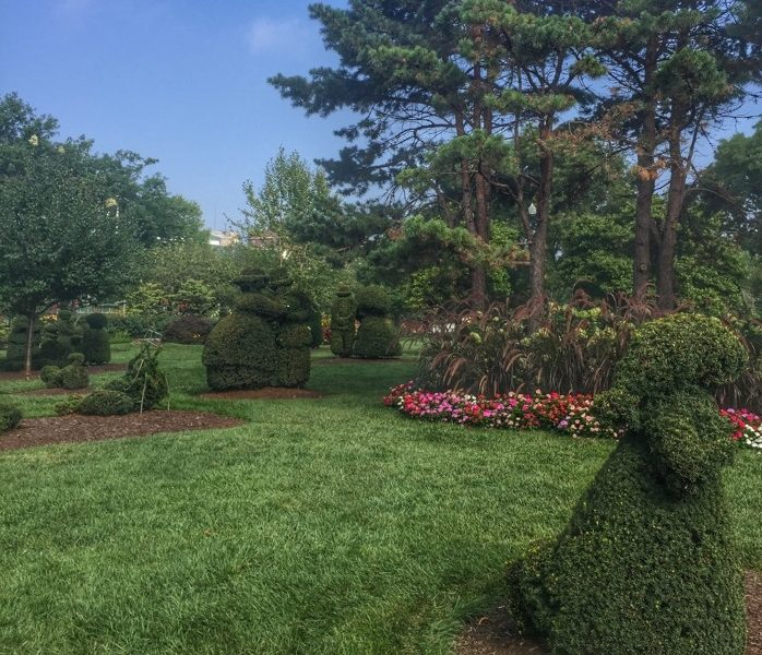 topiary-park-columbus-ohio-adventure-mom-blog