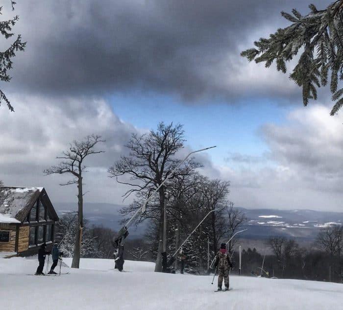 skiers at Laurel Mountain Ski Resort