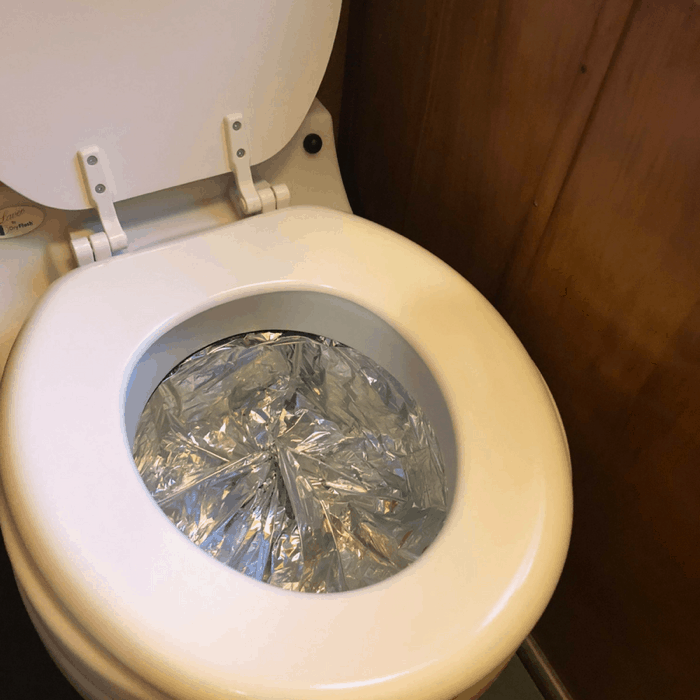 laveo dry flush toliet inside route fifty camper rental