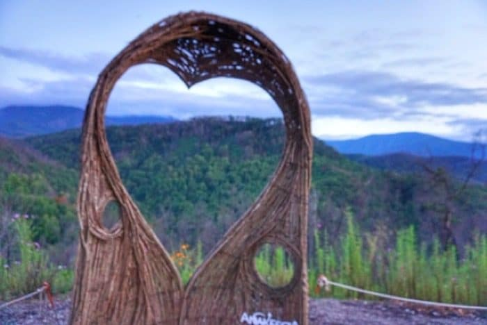 heart-anakeesta-gatlinburg