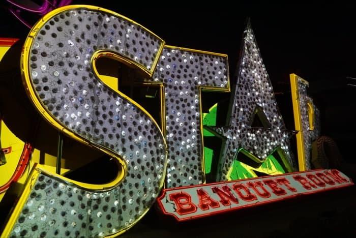 neon-museum-las-vegas-star-bucket-list