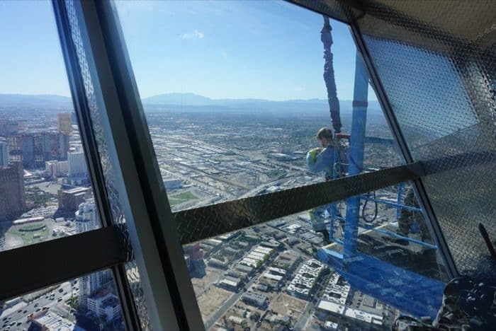 sky-jump-bucket-list-ledge-las-vegas
