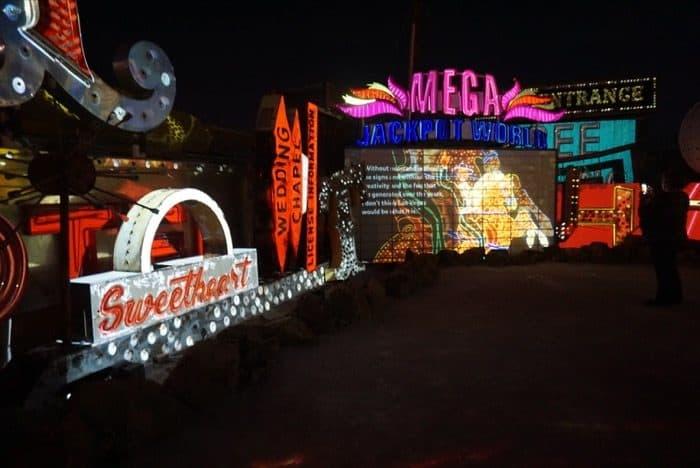 neon-museum-las-vegas-bucket-list