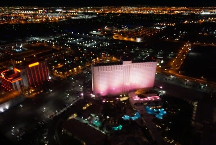helicopter-ride-las-vegas-strip-bucket-list-night