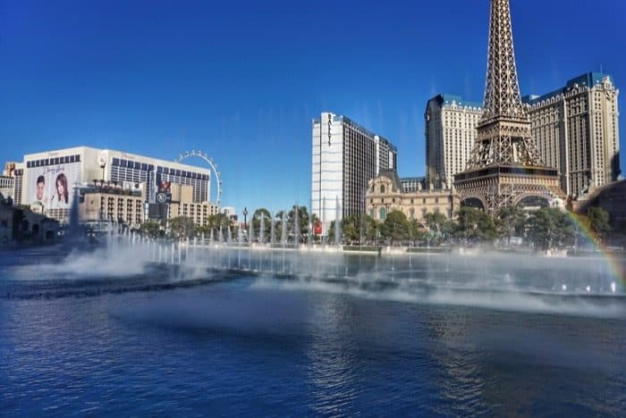 bellagio-fountains-daytime-las-vegas