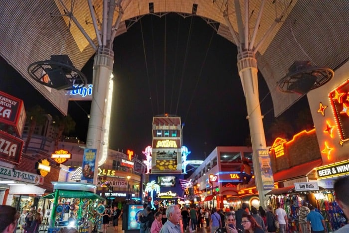 las-vegas-nevada-fremont-street-experience-budget-travel