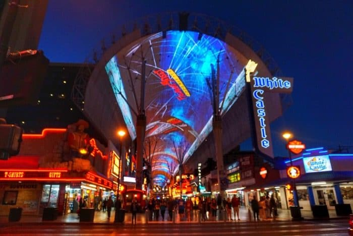 las-vegas-nevada-fremont-street-night