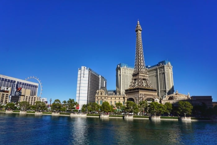 las-vegas-strip-monorail-paris-eiffel-tower