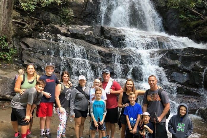 laurel-falls-group-hike-smoky-mountains-adventure-mom-blog