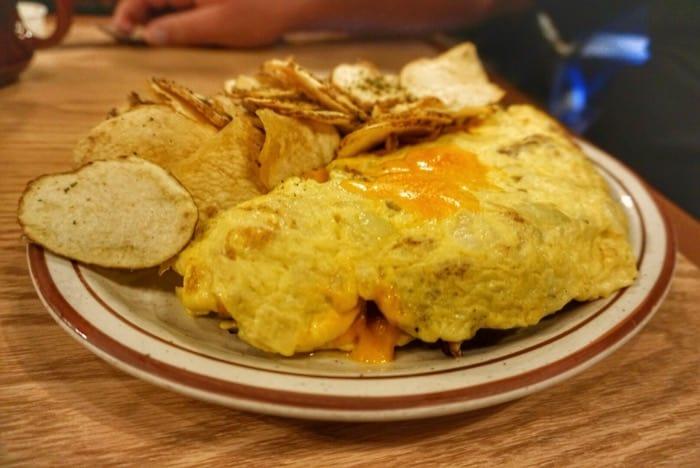 omelet-house-las-vegas-giant-omelet