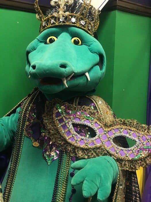 gator-mascot-lake-charles-mardi-gras