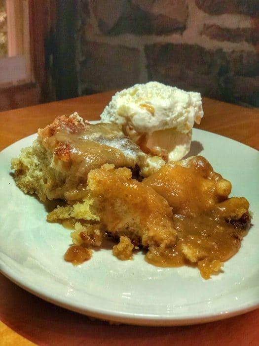dessert at La Buche restaurant in Quebec City