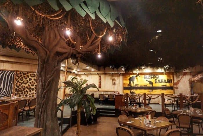 Retro Safari restaurant at Hotel Valcartier in Quebec