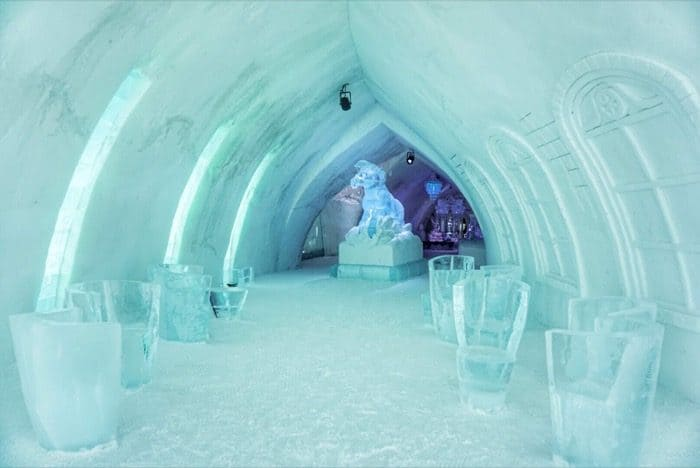 ice furniture at Hotel de Glace