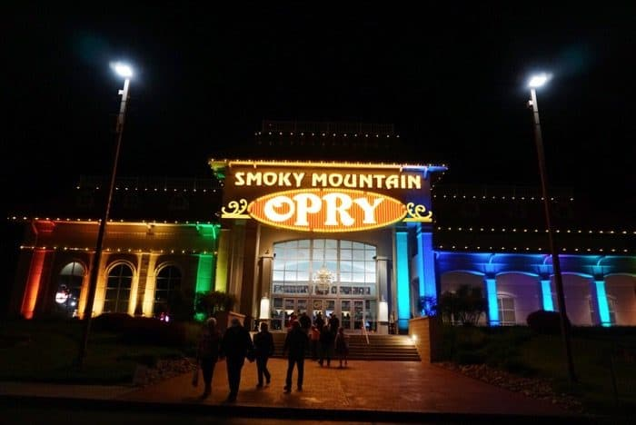 Smoky Mountain Opry Pigeon Forge