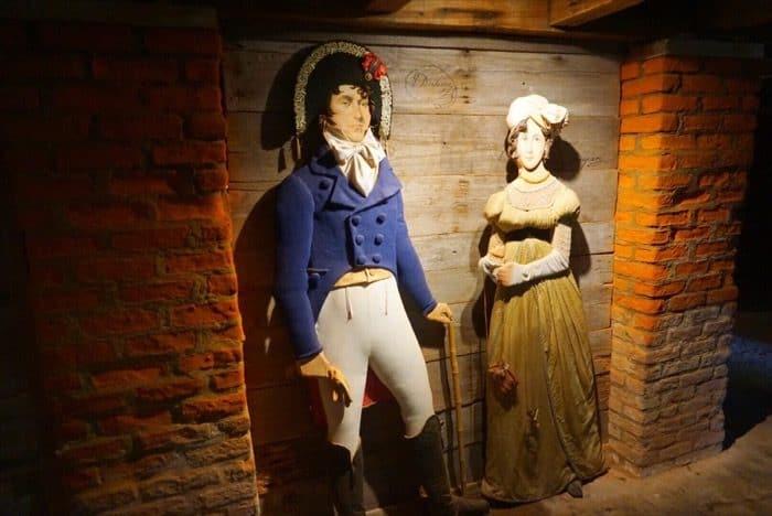 tour of Laura Plantation