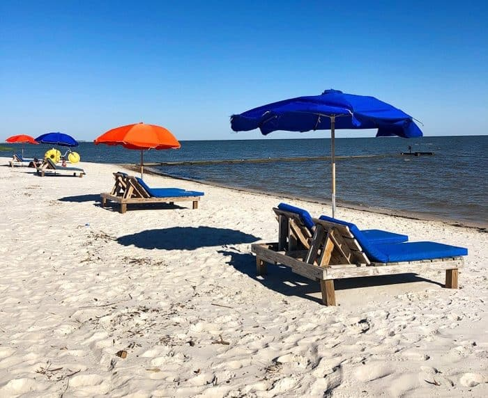 """Secret Coast,"" Coastal Mississippi Beaches"