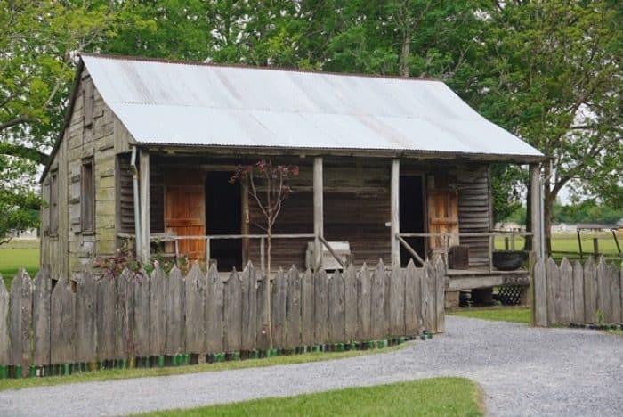 slave quarters at  Laura Plantation