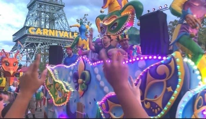 parade-grand-carnivale-kings-island